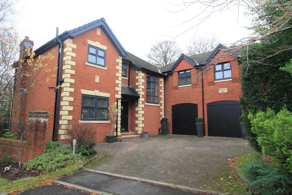 Woodend Drive, Stalybridge, Cheshire, SK15 2SF